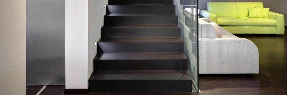 Gradini in gres laminato per scale d interni giorgio ilari - Scale gres porcellanato ...